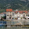 http://www.dalmatia-pictures.com/wp-content/uploads/2012/03/Komiza_005.jpg